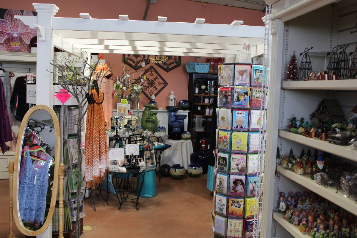 Gift Shop - Georges Market Nursery