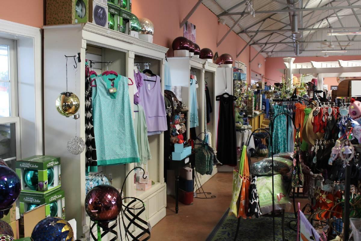 Gift Shop - Georges Market Nursery 2